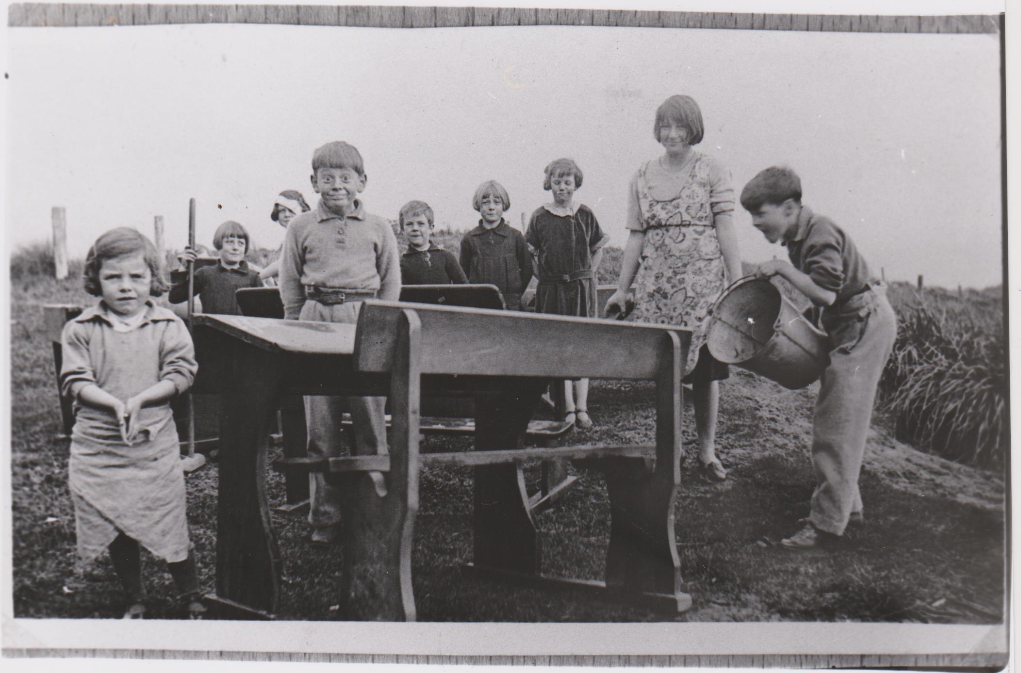 Cape Otway schoolchildren cleaning desks 1930's